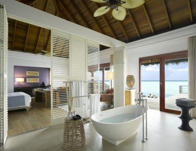Dusit Thani Maldives8