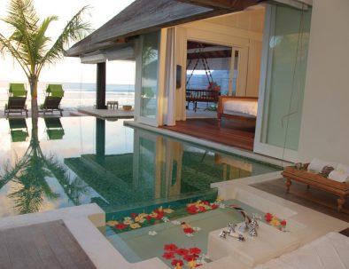 Resort : Naladhu Maldives